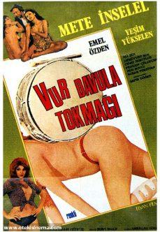 Vur Davula Tokmağı 1975 Yeşilçam Konulu Erotik İzle reklamsız izle